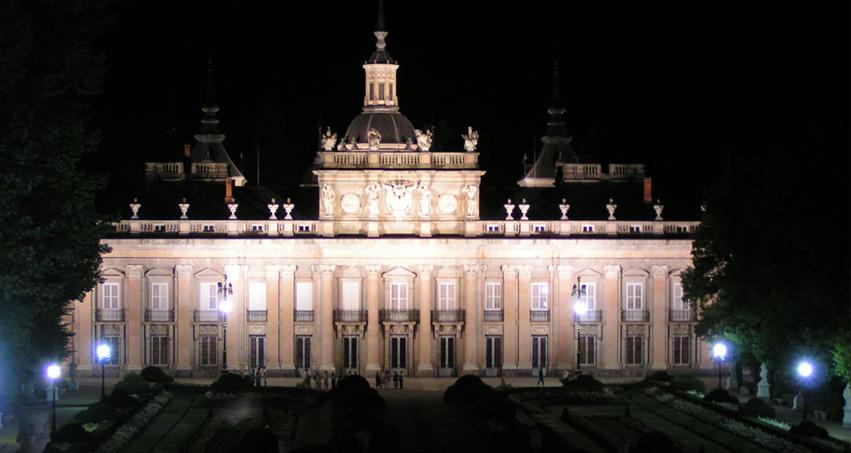 nocturna Palacio Granja